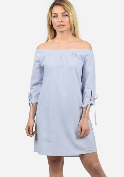 Blend She Off-Shoulder-Kleid 'Ophelia' in hellblau, Modelansicht