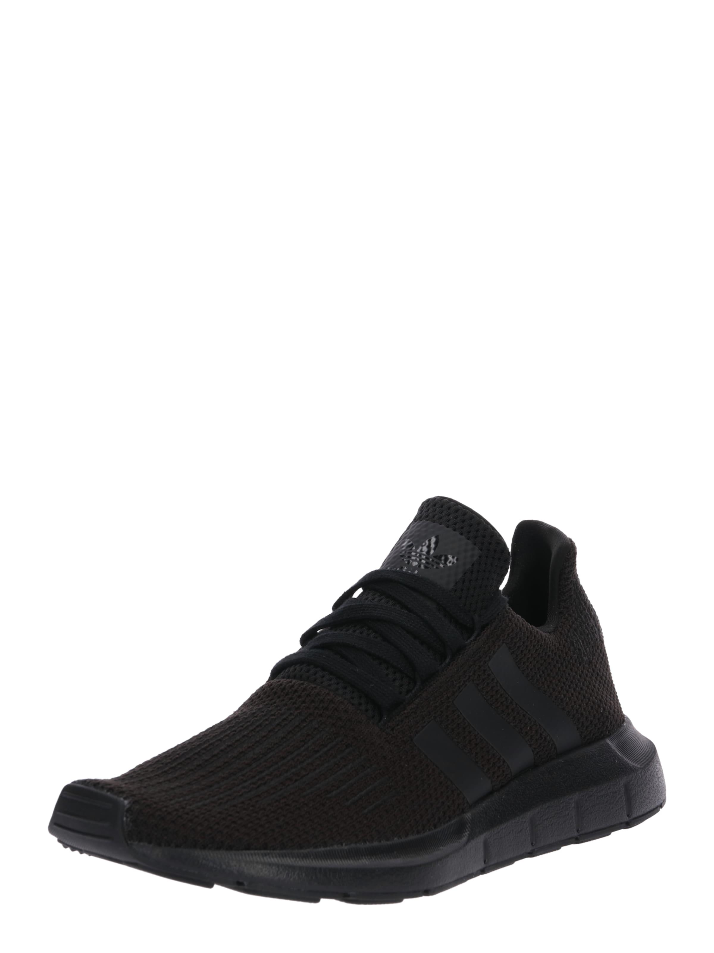Run' Baskets Basses 'swift Noir En Adidas Originals qEwIFF