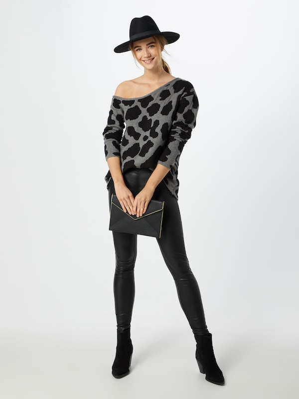 NA-KD Pullover 'off shoulder chunky knit' in in in grau  Neue Kleidung in dieser Saison e7f35d
