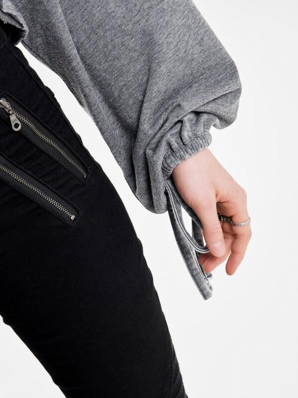 ONLY Kurz geschnittenes Sweatshirt