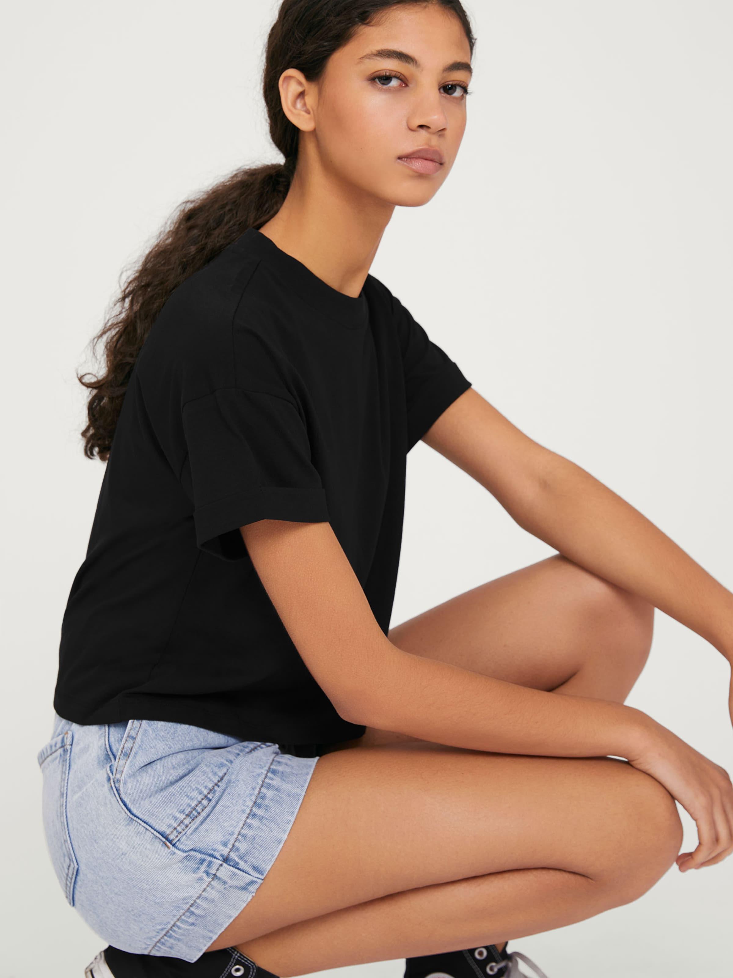 Schwarz shirt T Edited 'selena' In SUqMzVp