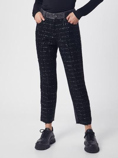 DIESEL Spodnie 'P-GITTE-NEW' w kolorze czarnym, Podgląd na modelu(-ce)