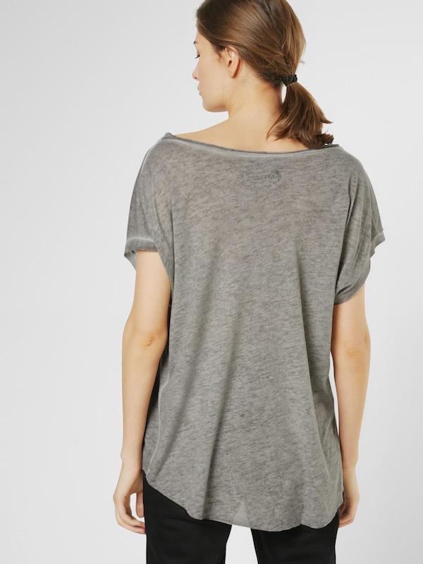 Gang T-Shirt 'SARA PINAPPLE'