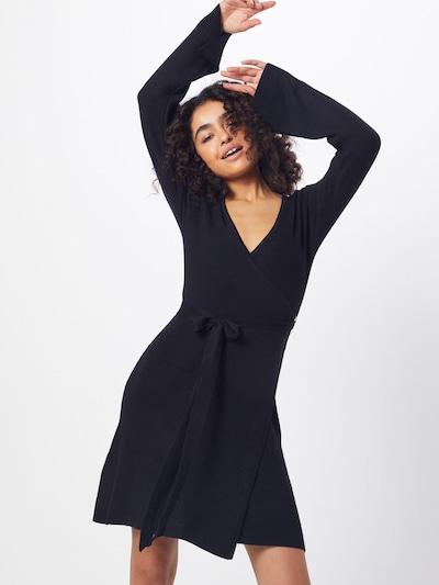 NA-KD Kleid in schwarz, Modelansicht