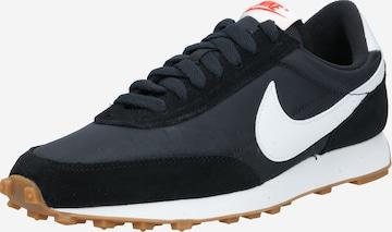 Nike Sportswear Platform trainers 'Daybreak' in Black