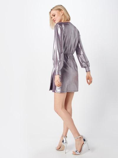 Rochie 'Cara' MICHALSKY FOR ABOUT YOU pe argintiu: Privire spate