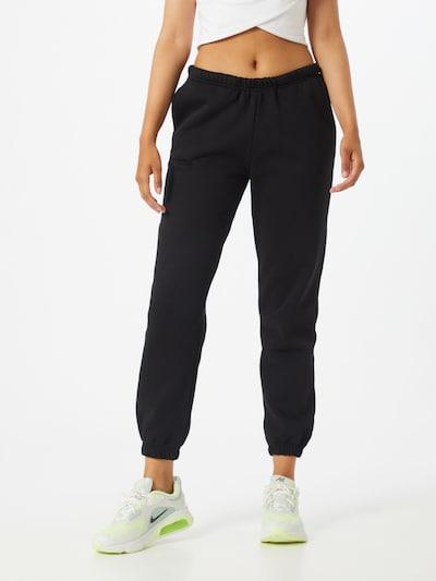 Gina Tricot Sweatpants in schwarz, Modelansicht