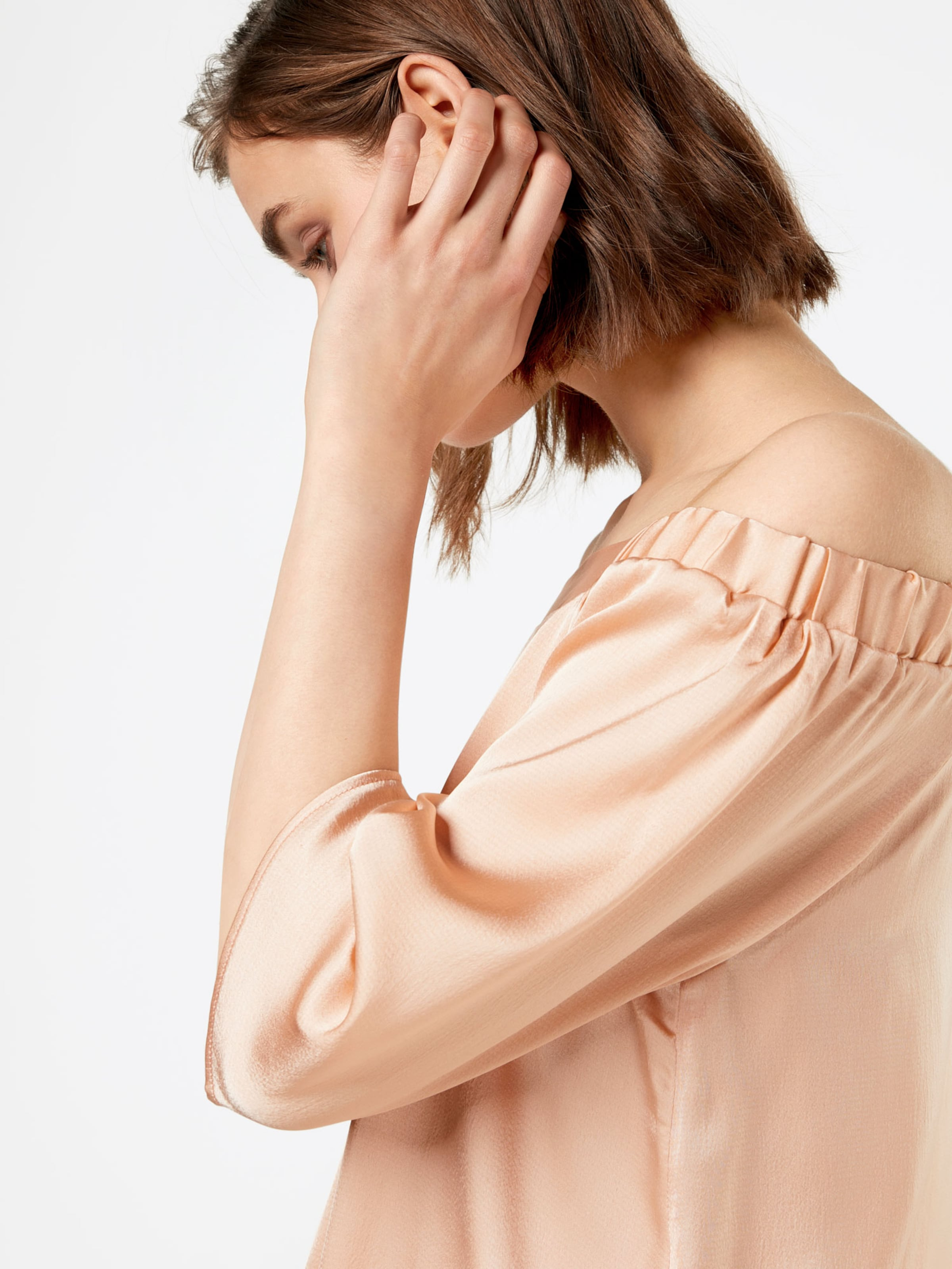 Footlocker Günstig Online Freies Verschiffen Erkunden Blend She Off-Shoulder Bluse 'Hanna' Größte Anbieter Footlocker Zum Verkauf Pnjze5NPfq