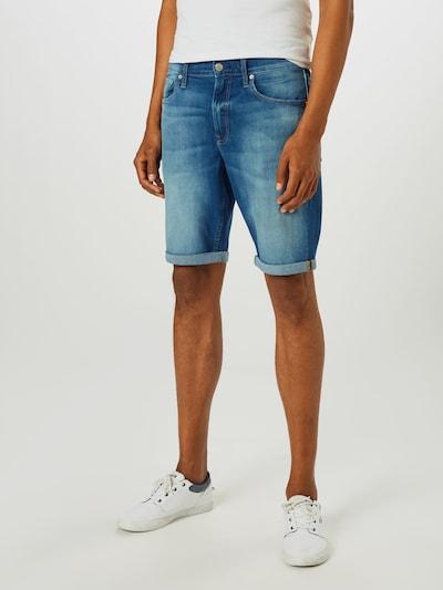 kék farmer Calvin Klein Jeans Farmer, Modell nézet