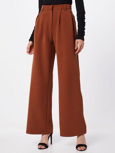 Pantaloni 'Hanna' NA-KD pe maro, Vizualizare model