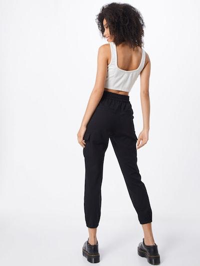 Pantaloni cu buzunare 'ONLPOPTRASH CARGO' ONLY pe negru: Privire spate