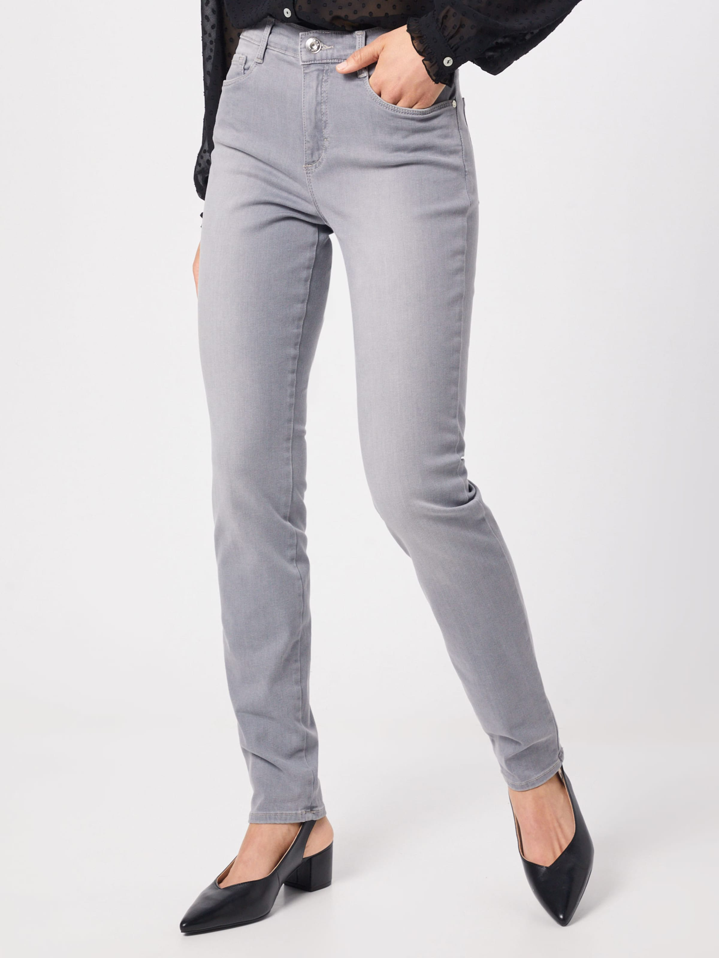 e114b59fa06b31  shakira  Grey In Denim Brax Jeans SVpUzM.
