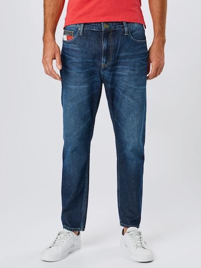Tommy Jeans Jeans 'Dad Jean' in blue denim, Modelansicht