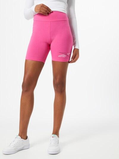 Reebok Classic Shorts in pink / schwarz / weiß, Modelansicht