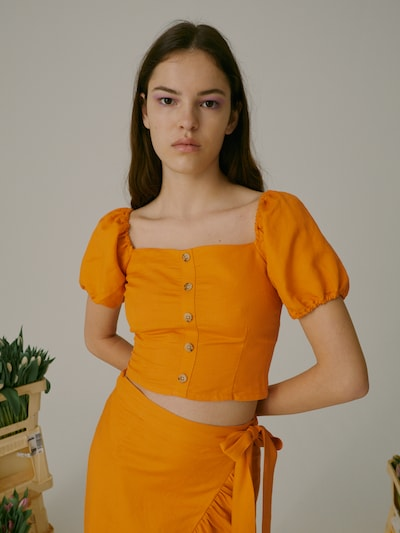 EDITED Blúzka 'Tiam' - oranžová, Model/-ka
