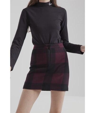 Thinking MU Rock 'Mary Short' in weinrot / dunkelrot / schwarz, Produktansicht