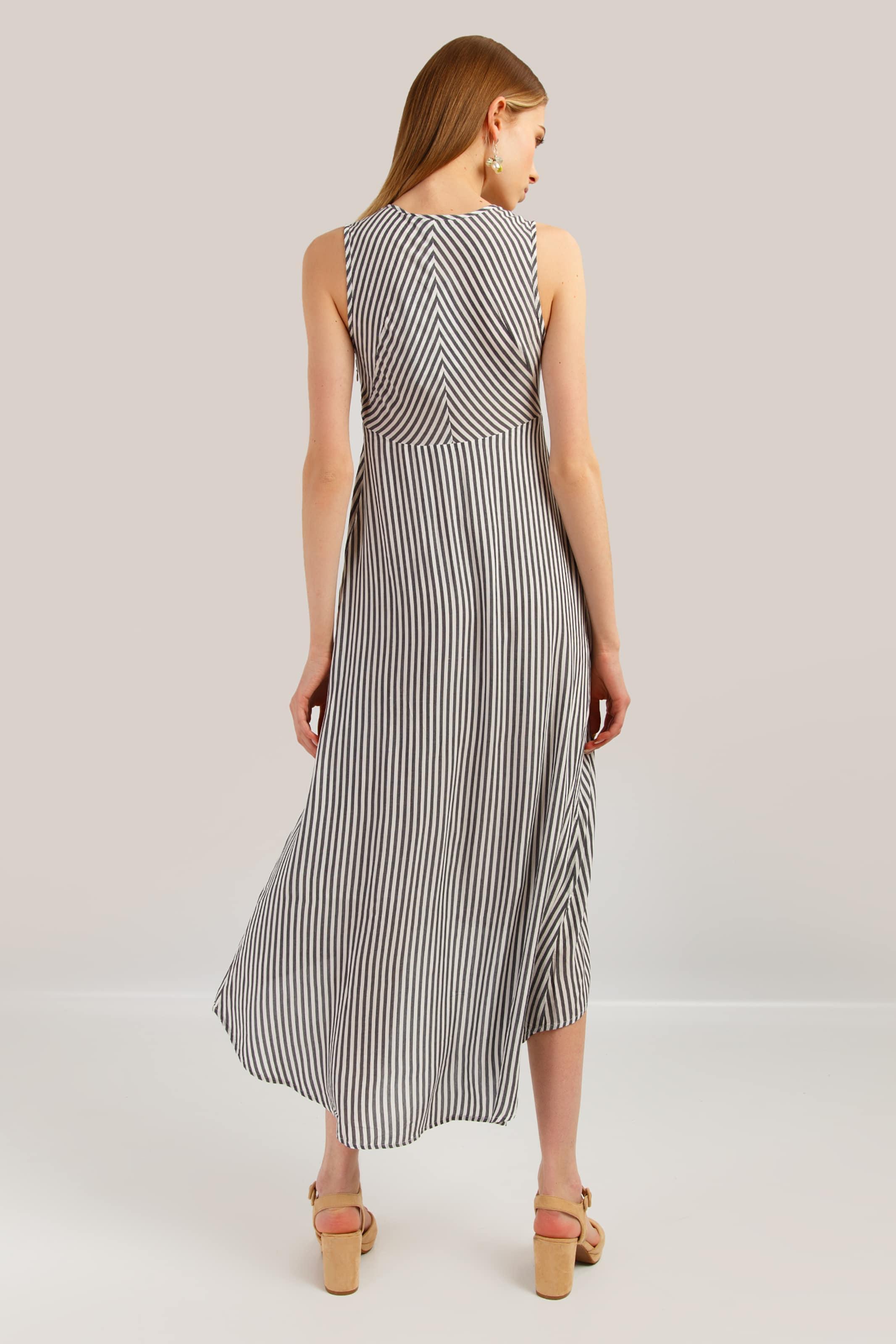 Kleid In NudeDunkelgrau Flare Finn Finn thCQsrdx