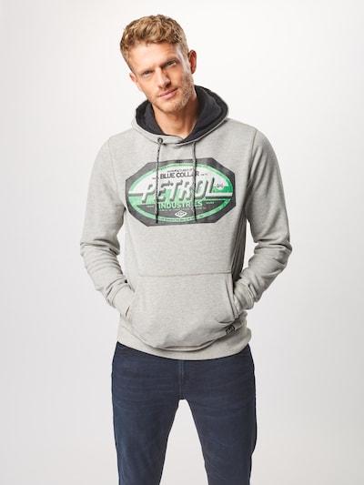 Petrol Industries Sweatshirt in de kleur Lichtgrijs / Groen: Vooraanzicht