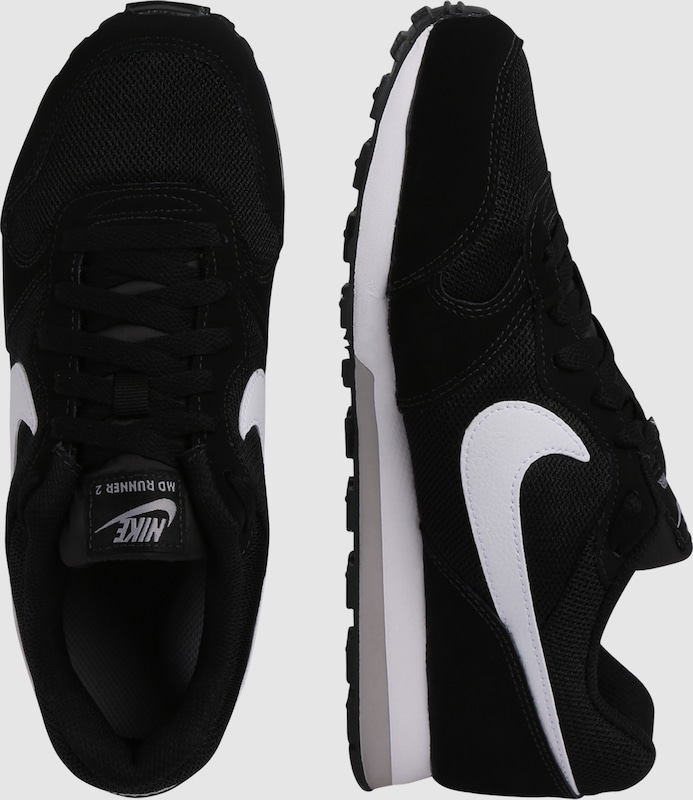 e1dc3ab71fc Nike Sportswear Sneakers 'MD Runner 2' in Zwart / Wit   ABOUT YOU