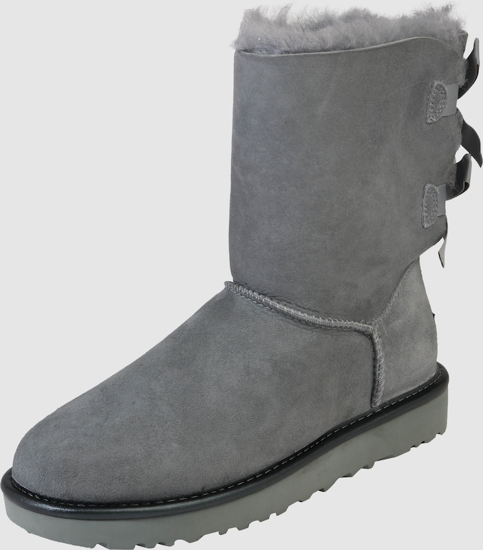 Ugg Boots With Feeding