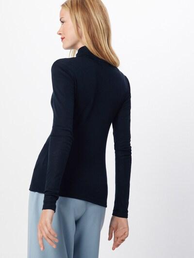 Gestuz T-Krekls pieejami melns: Aizmugures skats