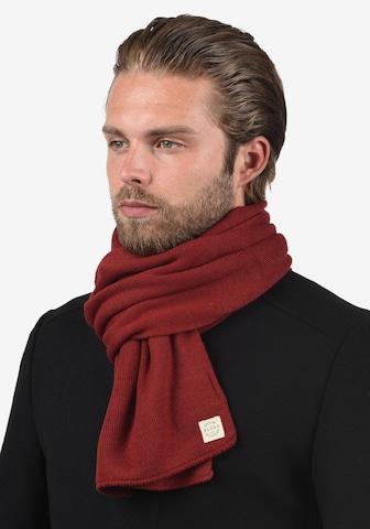 BLEND Strickschal 'Scar' in Rot