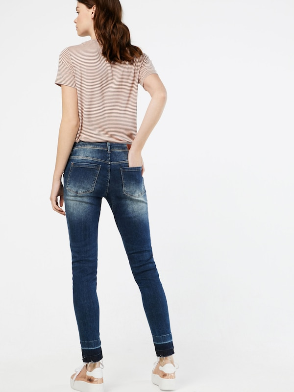 Betty & Co Jeans mit Perlen