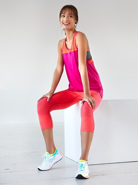 a70c99c1b05 Sporttops voor dames online shoppen | ABOUT YOU