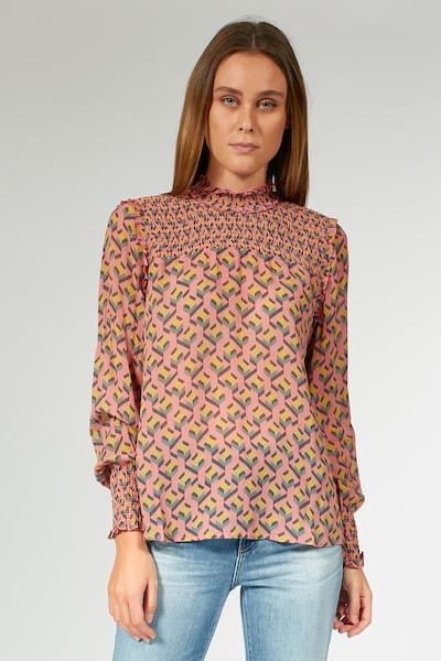 BLOOM Bluse mit Allover-Muster in gelb / grau / koralle, Modelansicht
