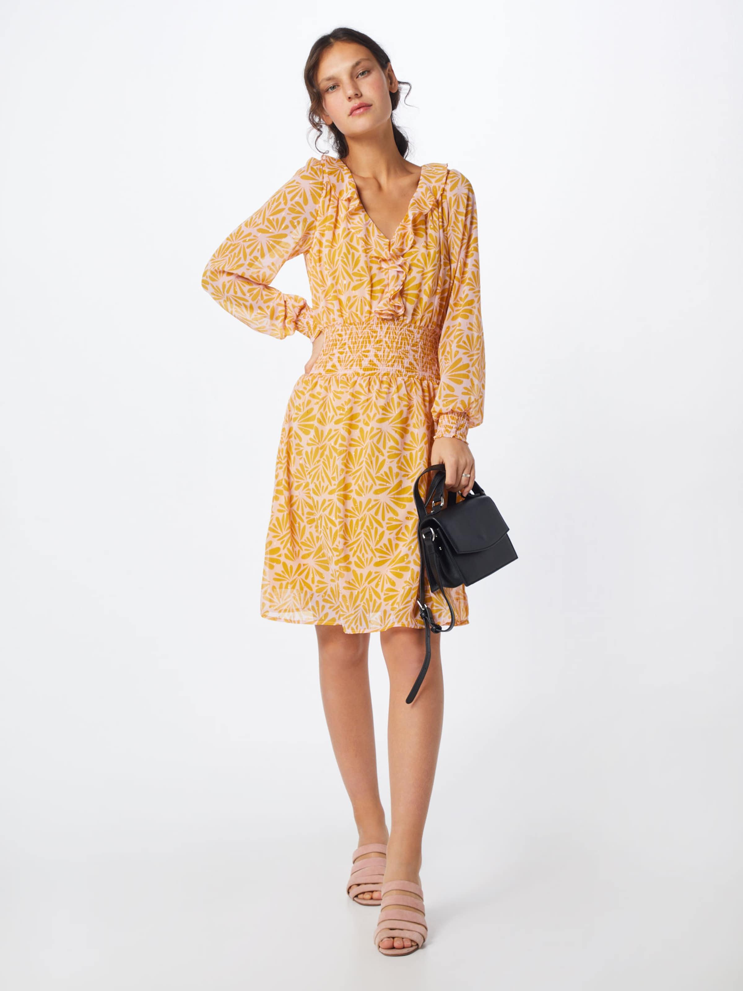 En Luxury Robe In 'crystal Soaked Dress' BeigeJaune PXZiku