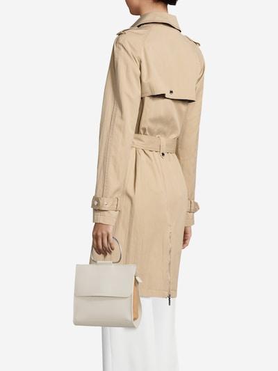 ABOUT YOU Tasche 'Aimee' in creme / cognac, Modelansicht