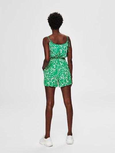 SELECTED FEMME Bedruckte Shorts in grün, Modelansicht