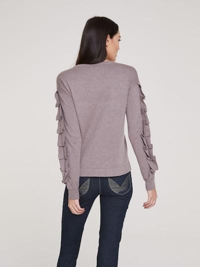 Megztinis iš heine , spalva - rausvai pilka: Vaizdas iš galinės pusės