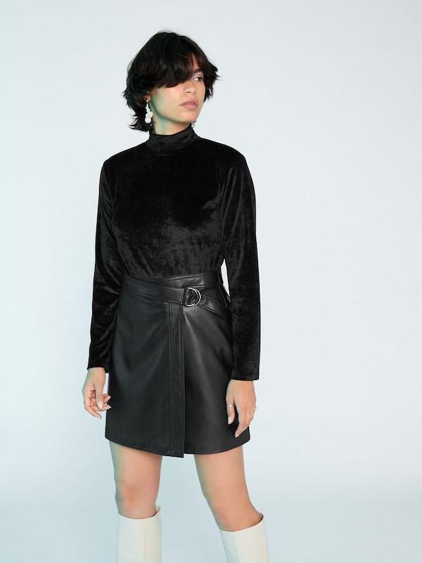 T 'solaine' En Noir shirt Edited 5L4Aj3R