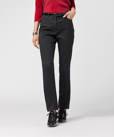 BRAX Broek 'Ina Fay' in de kleur Zwart, Modelweergave
