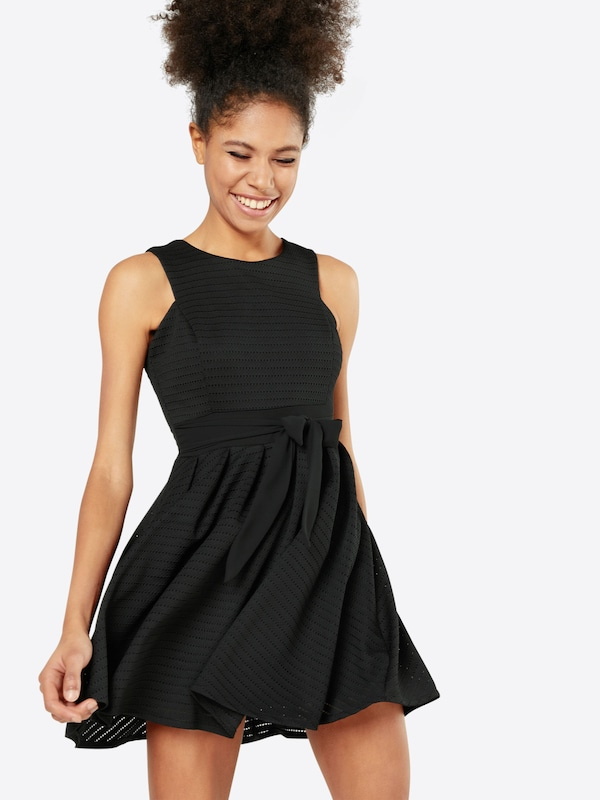 WAL G. Ausgestelltes Kleid mit Lochmuster