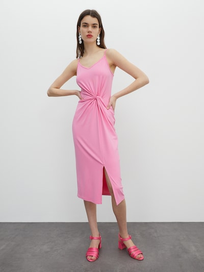 EDITED Kleid  'Maxine' in pink, Modelansicht
