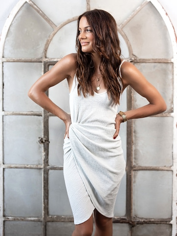 White Dress Look By Jaqueline Vazzola
