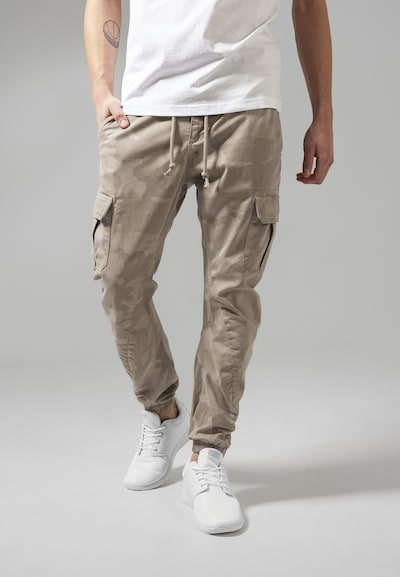 Urban Classics Camo Cargo Jogging Pants in beige / sand / hellbeige, Modelansicht