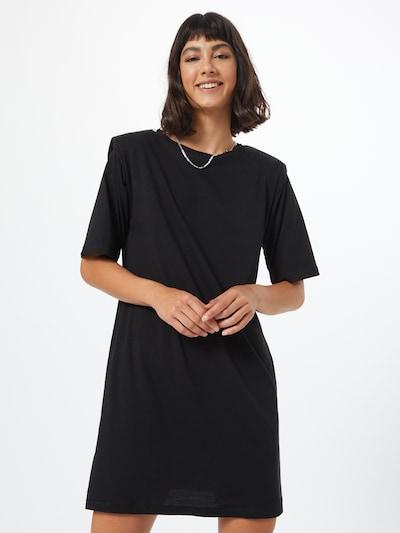 Moves Kleid in schwarz, Modelansicht