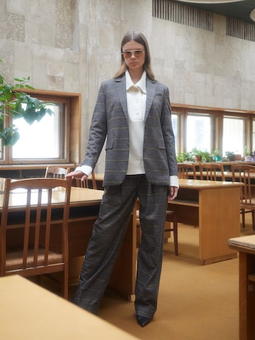 Cool Oversized Suit Look