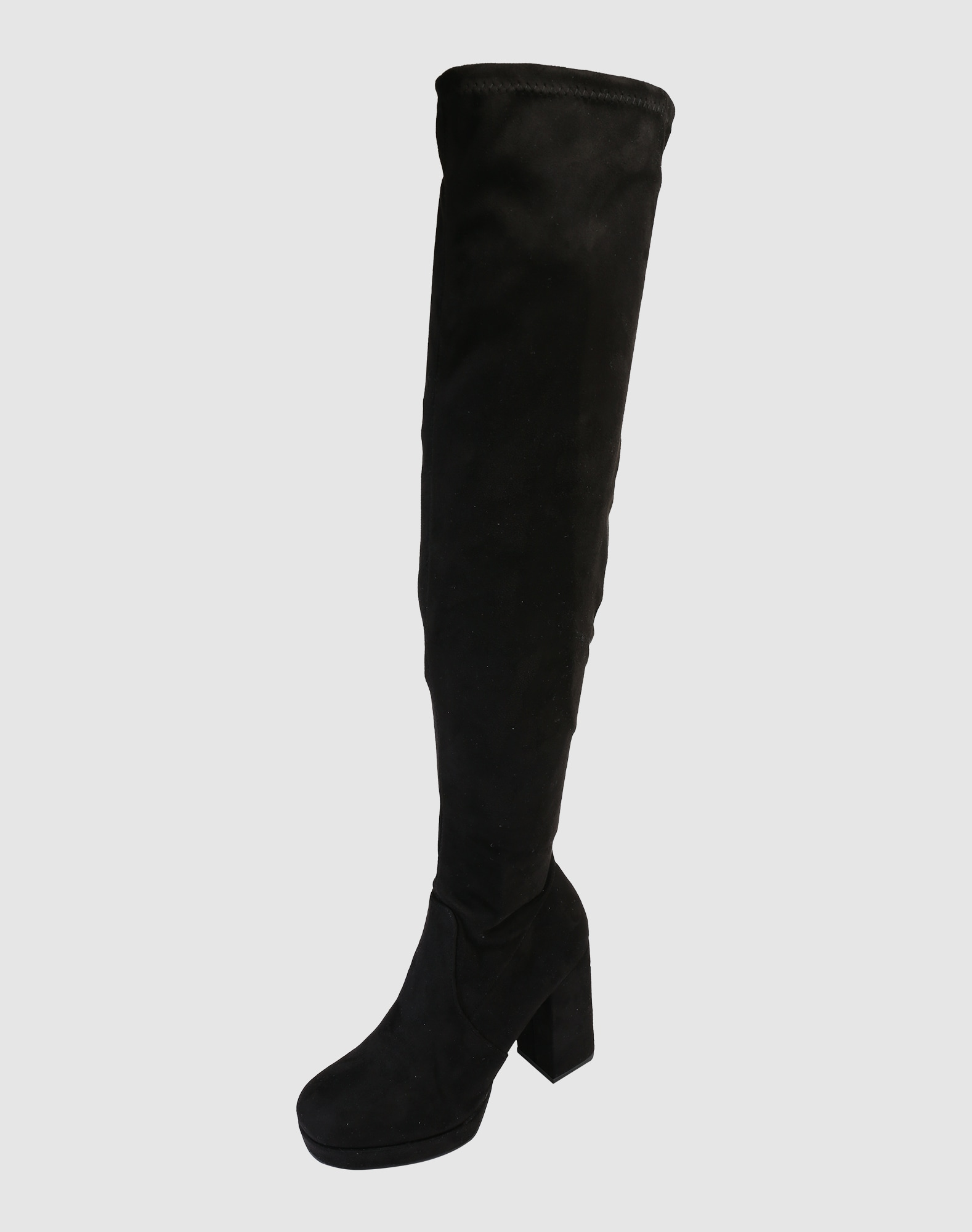 bullboxer overknee stiefel aus kunstleder in schwarz. Black Bedroom Furniture Sets. Home Design Ideas