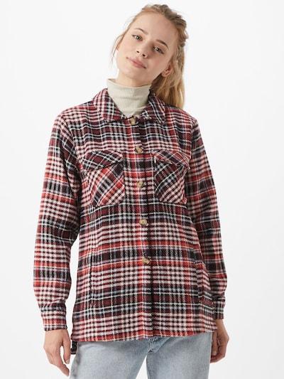 PIECES Prijelazna jakna u burgund / svijetlocrvena / vuneno bijela, Prikaz modela