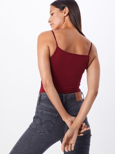 Nike Sportswear Haut en rouge: Vue de dos