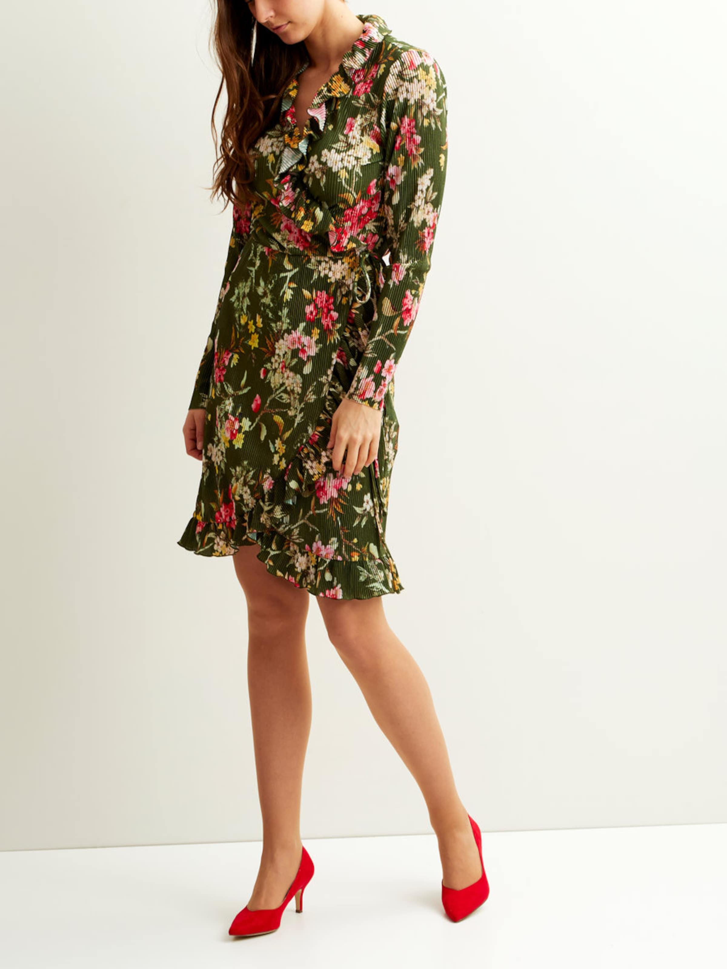 VILA Blumenmuster Wickel Kleid Mit Kreditkarte Rabatt 100% Garantiert Günstig Kaufen Brandneue Unisex Footlocker Zum Verkauf Verkauf Exklusiv BcDTy