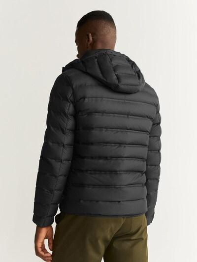 MANGO MAN Prehodna jakna 'COLI                    ' | črna barva: Pogled od zadnje strani