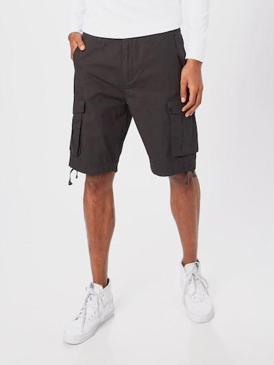 Hailys Men Shorts in anthrazit, Modelansicht