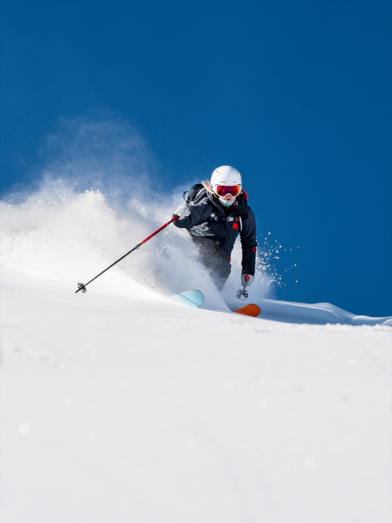 Functional skiwear tested by ski pros! Helly Hansen