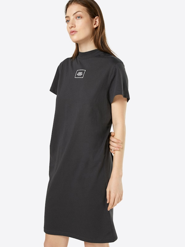 cheap monday t shirt kleid in schwarz about you. Black Bedroom Furniture Sets. Home Design Ideas