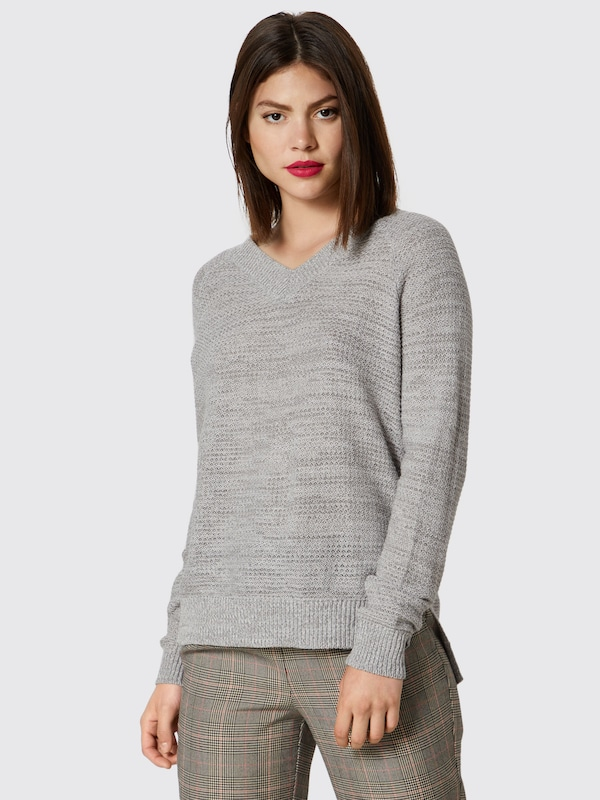 Pull En Noisy Gris over May cRq5A3jL4